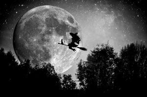 noita, pääsiäinen, pääsiäisnoita, lentää, luuta, kuu, yö