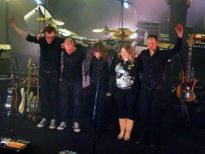 Anssi Kela, yhtye, Antti Karisalmi, Pauli Halme, Saara Metsberg, Ville Kela, konserttisalikiertue, Parasta aikaa, Kulttuuritalo Kiva