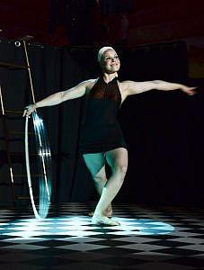 Saariston Sirkusfestivaali, ArtTeatro, manipulaatio, vannetaiteilu, Circus Named Desire